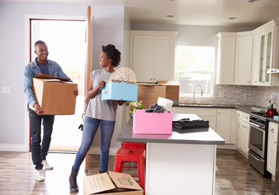 couple-moving-boxes-kitchen