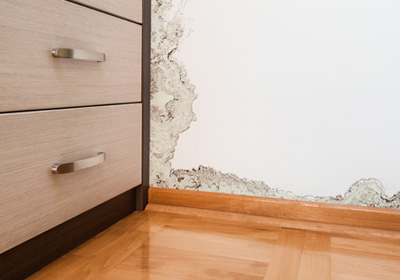 wall-with-water-damage