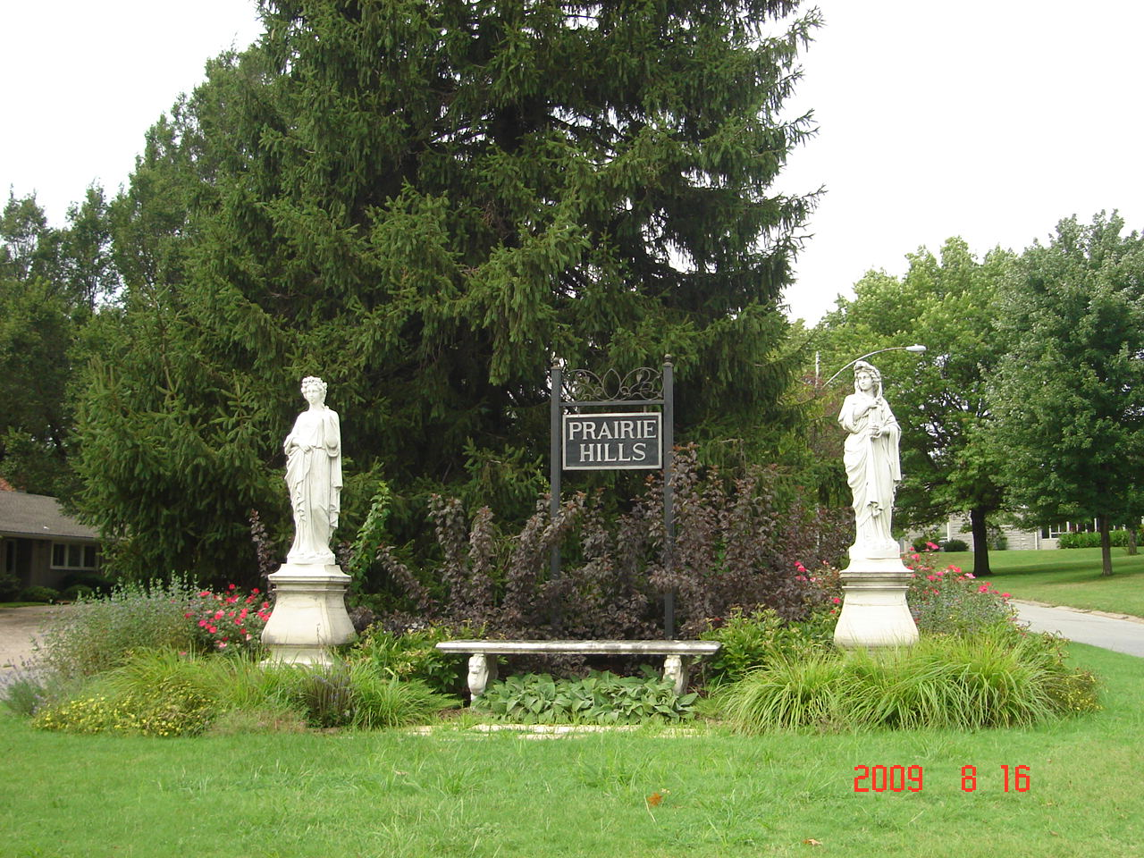 Kansas johnson county prairie village - As An Active Member Of The Hoa For Prairie Hills It Is With Much Pride That I State We In Prairie Village Have Some Great Features Such As