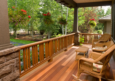 front-porch-with-wicker-chairs