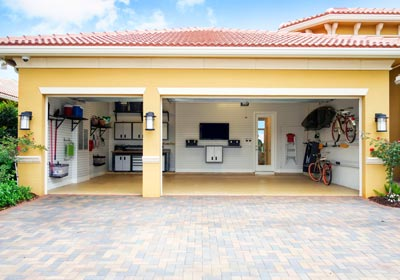 organized-garage-yellow-house