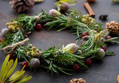 rosemary-holiday-wreath